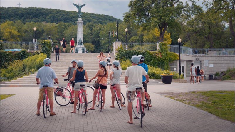 people enjoying a Bike Tour of Montreal