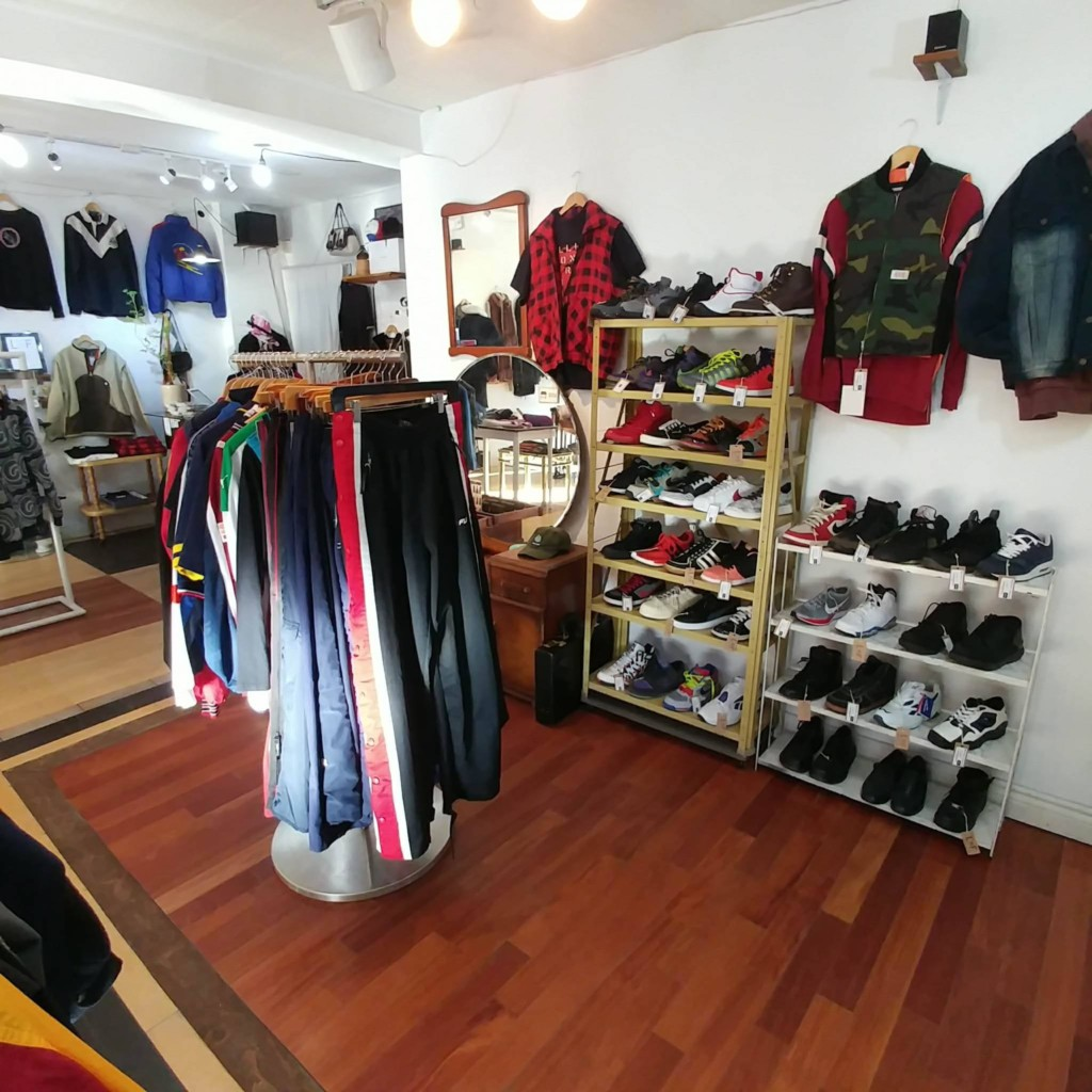 LNF Shop on av. Parc